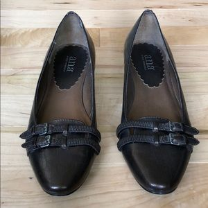 Shoes - Dressy Brown Flats